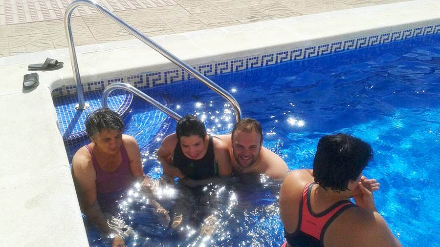 piscina-centro-de-dia-para-mayores-con-discapacidad-prode