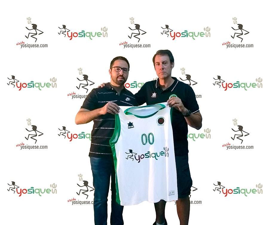 Jesús García, Director General Adjunto de PRODE, y Ángel Lopera, Presidente de Cordobasket